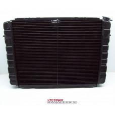 VL V8 CALAIS AUTOMATIC RADIATOR WITH LOW COOLANT SENSOR GM 92028703