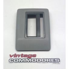 VB VC AUTOMATIC GEAR BOX SURROUND GREY 11i GM 92001409FY