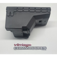 VK VL VEHICLE WIRING FUSE BOX ASSEMBLY GM 92025524