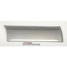 VK CALAIS RIGHT HAND REAR DOOR LOWER MOULDING GM 92020272B