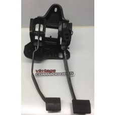 VB VC VH VK 6CYL MANUAL PEDAL BOX ASSEMBLY GM 92012909