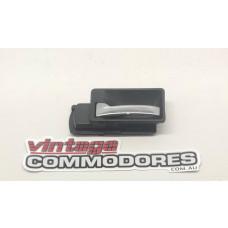 VB VC VH CHROME INNER DOOR HANDLE LEFT HAND GM 92004801