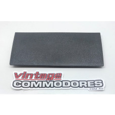 VB VC VH VK LOWER DASH FUSE COVER BLACK GM 92008166BK
