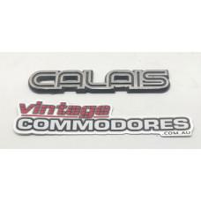 "VK VL FRONT FENDER ""CALAIS"" BADGE NAME PLATE GM 92029157"
