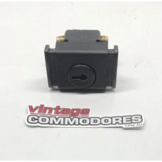 VB VC VH VK VL GLOVE BOX LOCK ASSEMBLY (NO KEY) GM 92001645