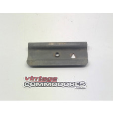 VK VL BUMPER BAR FACIA SIDE GUIDE GM 92019612